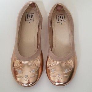 GAP Girls Kitten Ballet Flats